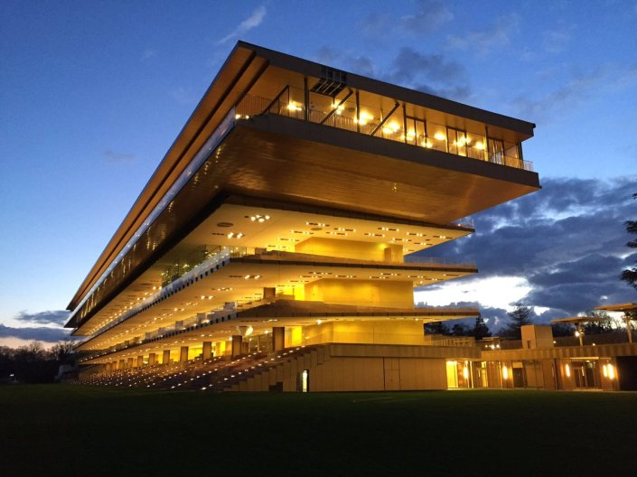parislongchamp nuit